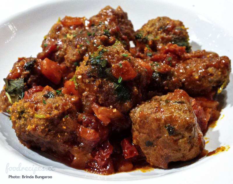Spicy Meat Ball in Rich Tomato Sauce